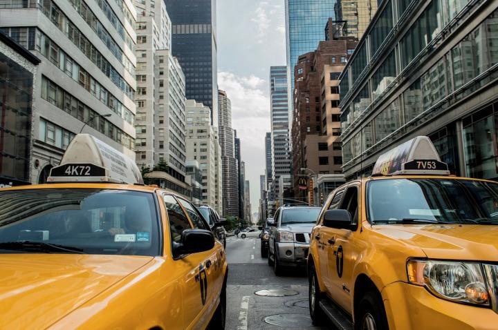 taxi-cab-381233_1280